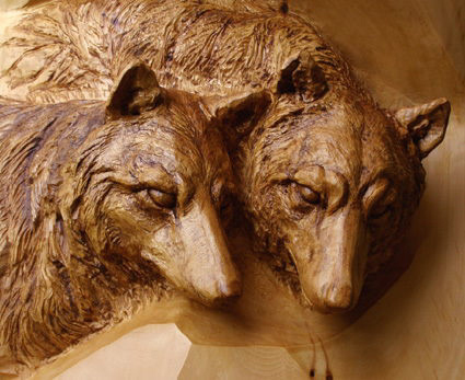 Wolf woodcarving 1
